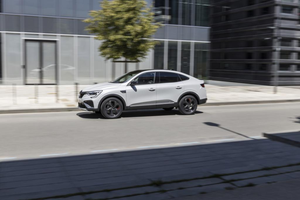 Eerste review Renault Arkana E-Tech Hybrid (2021): flikt Renault het weer!?