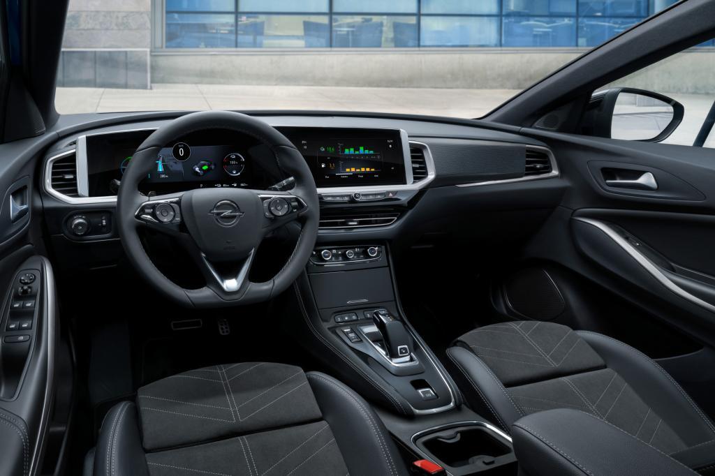 Primera revisión Opel Grandland Turbo Hybrid (2022): el récord del siglo XXI