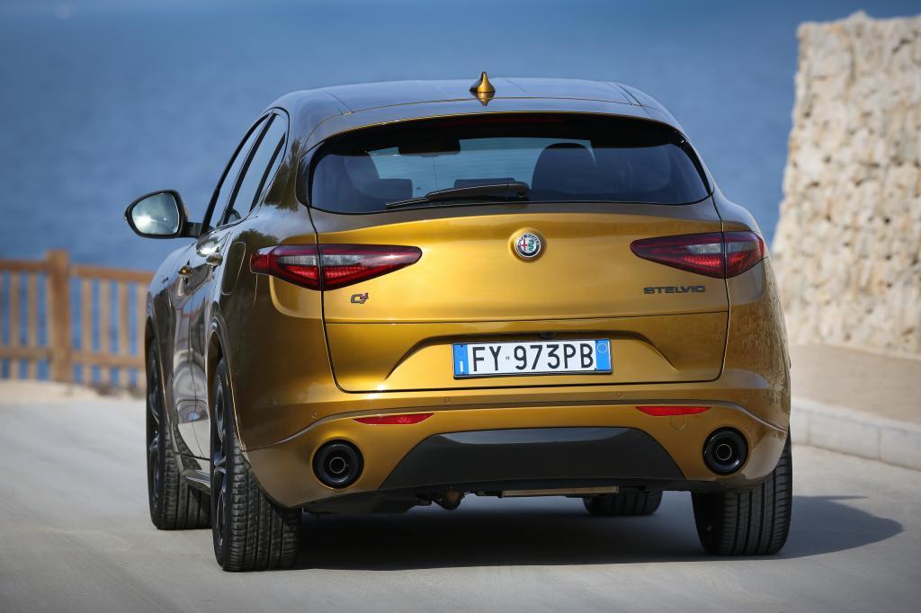 Wat is er opvallend aan de Alfa Romeo Stelvio?