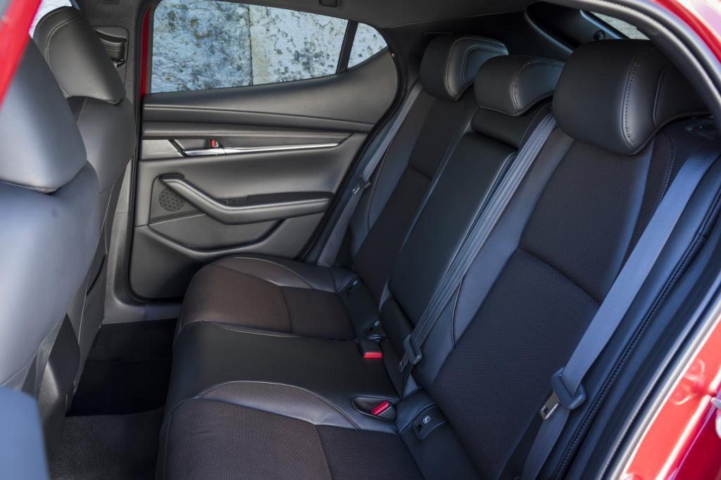 Wat bevalt niet aan de nieuwe Mazda3?