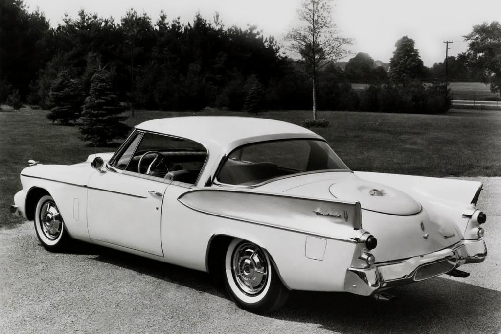 Packard Hawk