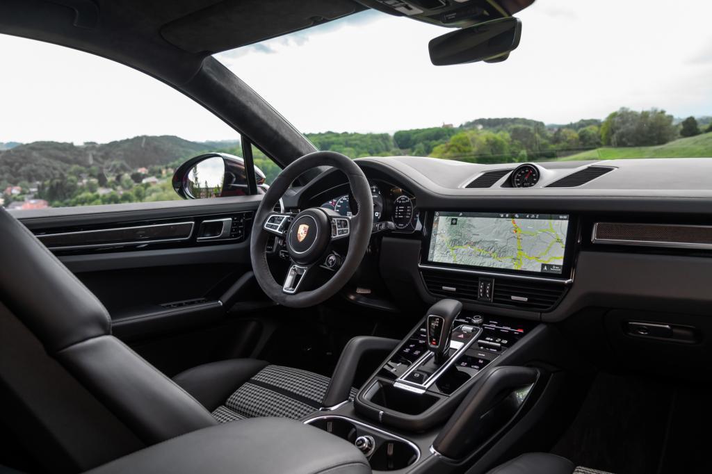 Wat is er goed aan de Porsche Cayenne Turbo Coupé?