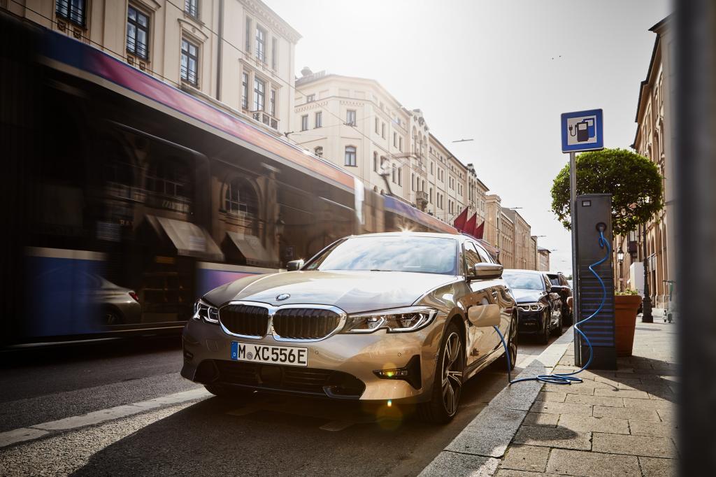 Wat kan er beter aan de BMW 330e?