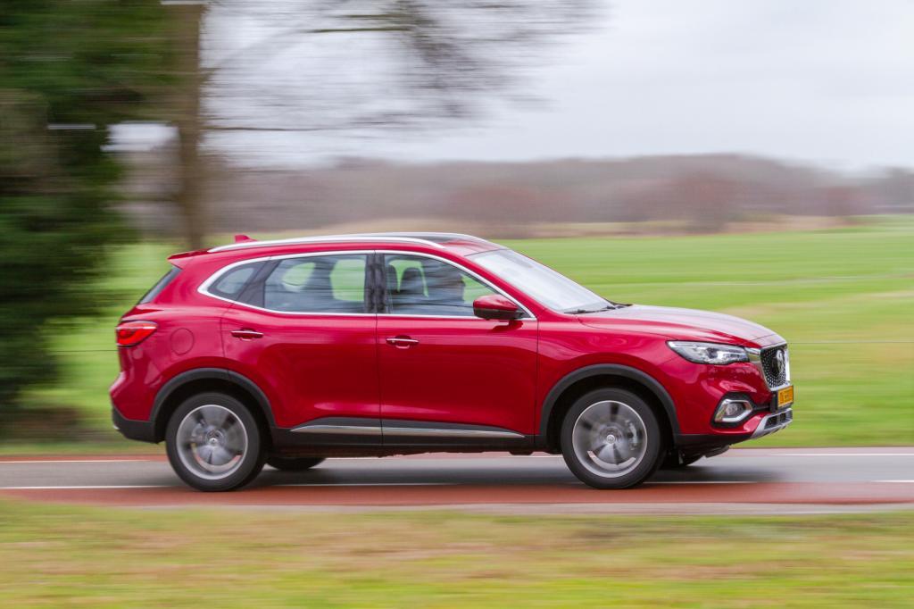 Eerste review MG EHS Plug-in Hybrid: veel goedkoper dan concurrentie