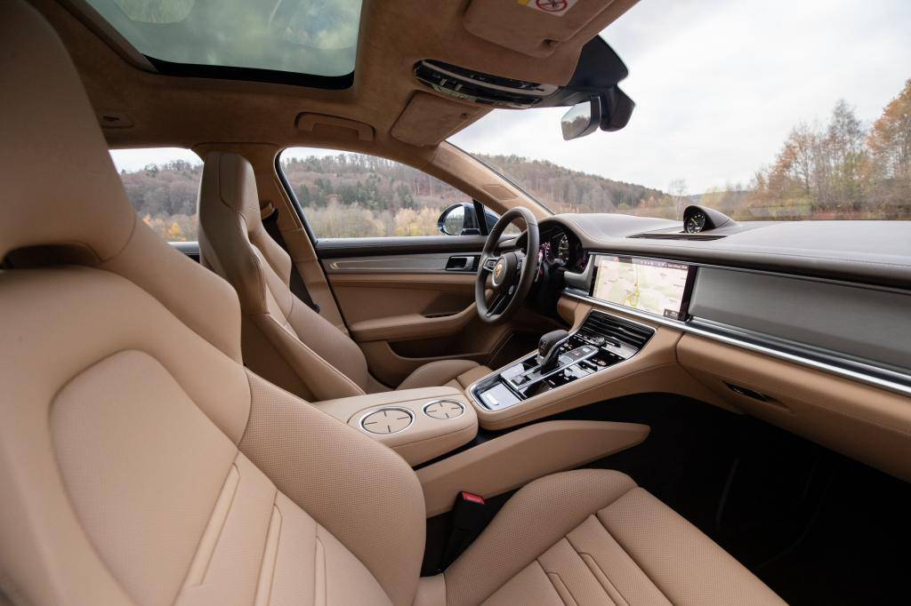 First Review Porsche Panamera Turbo S E Hybrid Sport Turismo Netherlands News Live