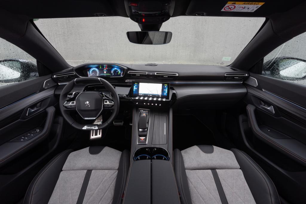 Wat bevalt er niet aan de Peugeot 508 Hybrid (2020)?