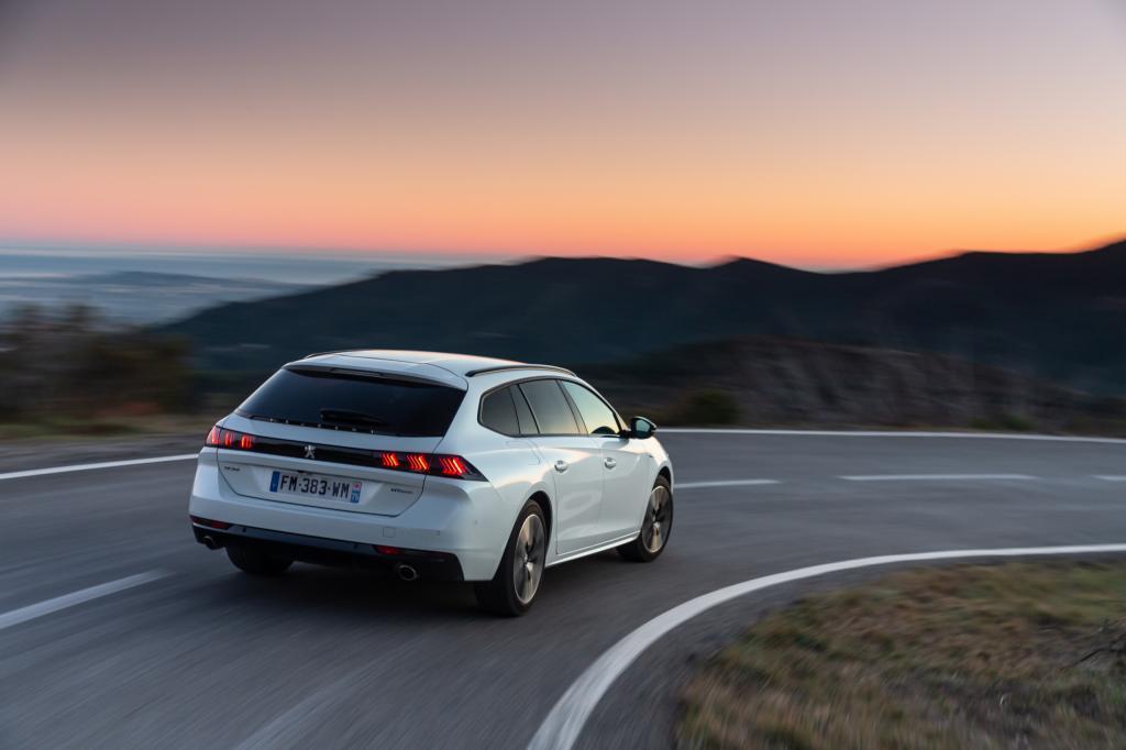 Wanneer komt de Peugeot 508 Hybrid en wat is de prijs?