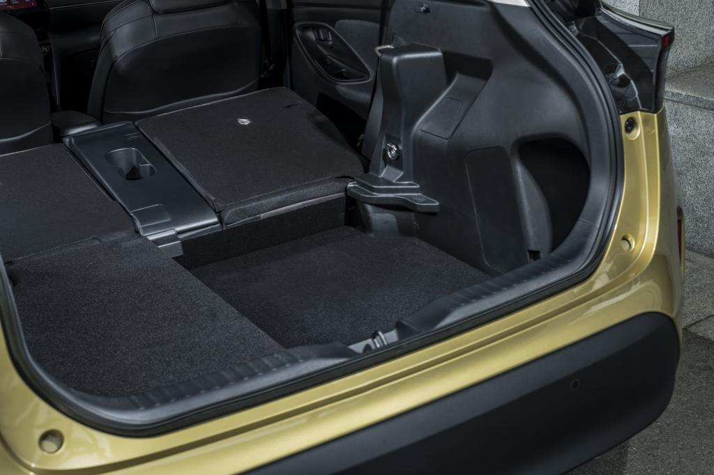 Eerste review Toyota Yaris Cross (2021) - Is dit de compacte SUV waarop jij hebt zitten wachten?