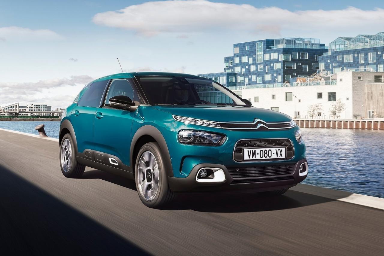 Nieuwe Citroën C4 pleegt broedermoord
