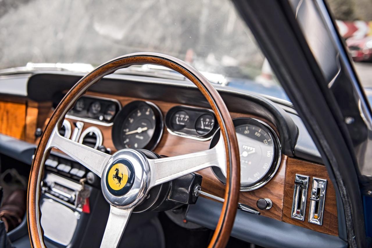Bed-in For Peace: Rijden met de Ferrari 330 GT van John Lennon
