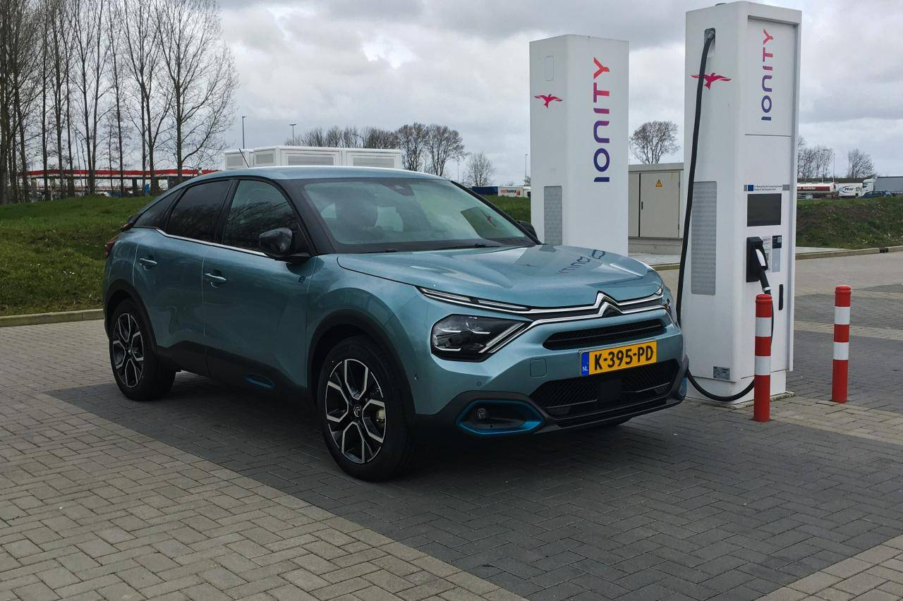 Elektrische Citroën e-C4 nu ruim 2000 euro goedkoper