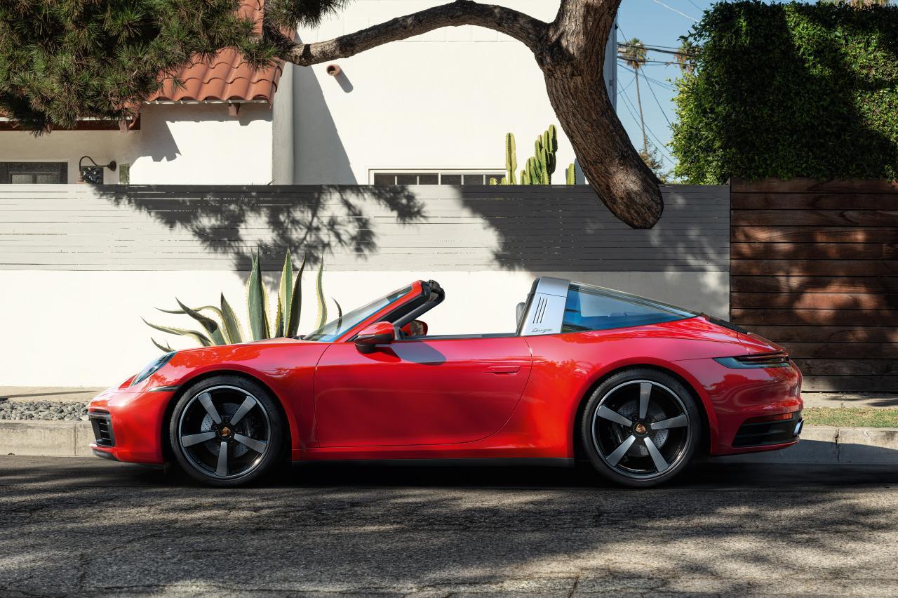Tijd om je cabriokennis bij te spijkeren! Wist jij dit over de open auto?