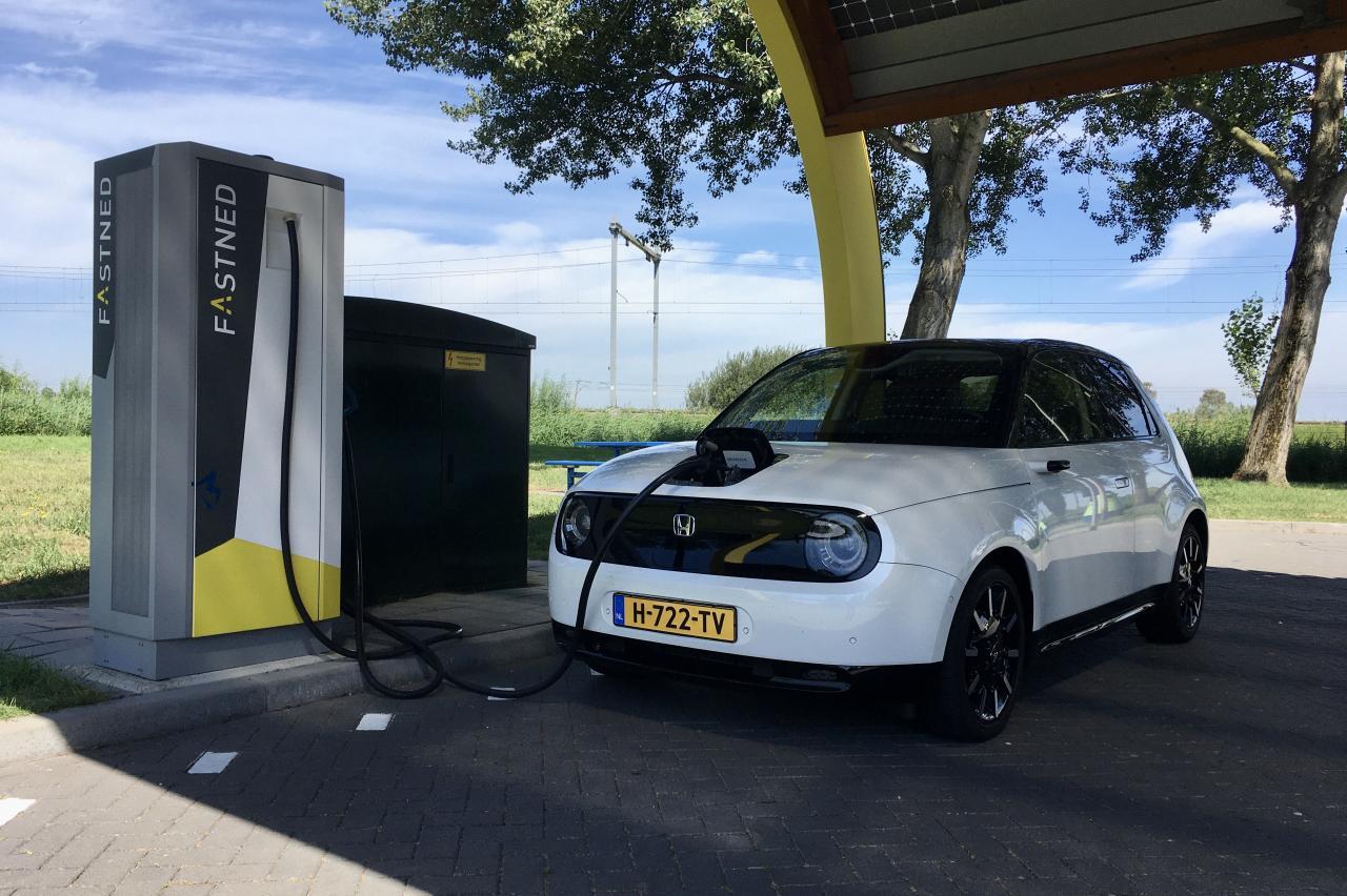 Subsidie elektrische auto alweer op! BOVAG is woedend
