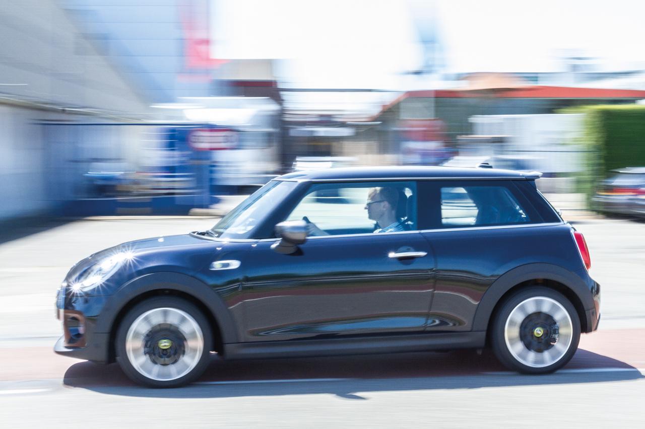 Per direct stop op aanvraag subsidie voor elektrische auto's