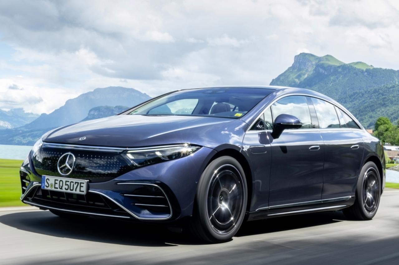 Prueba: el Mercedes EQS eléctrico impulsa las estrellas desde el cielo