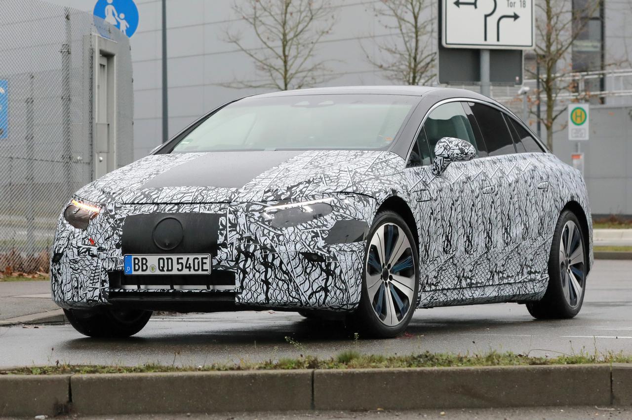Elektrische Mercedes EQS wordt stijlvolle luxelimousine