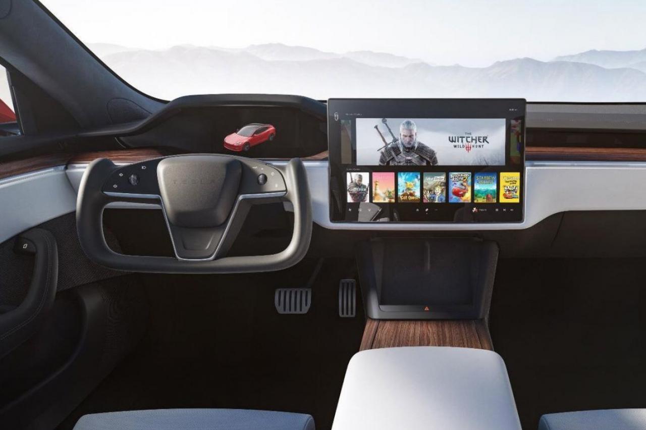 De volgende Tesla Roadster kan vliegen, denken Elon Musk-aanhangers