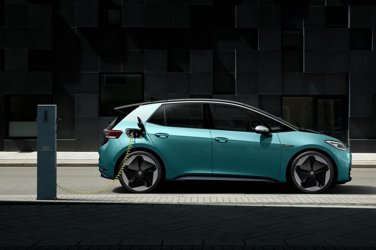 Elektrisch rijden? Dit moet je weten over je autoverzekering