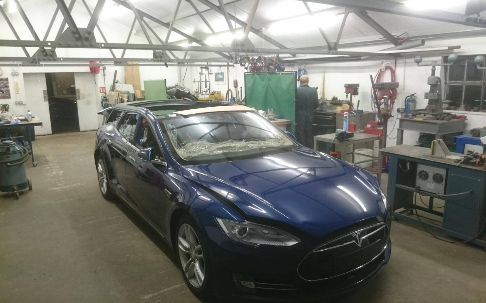 Dit is 'm: de Tesla Model S als stationwagon