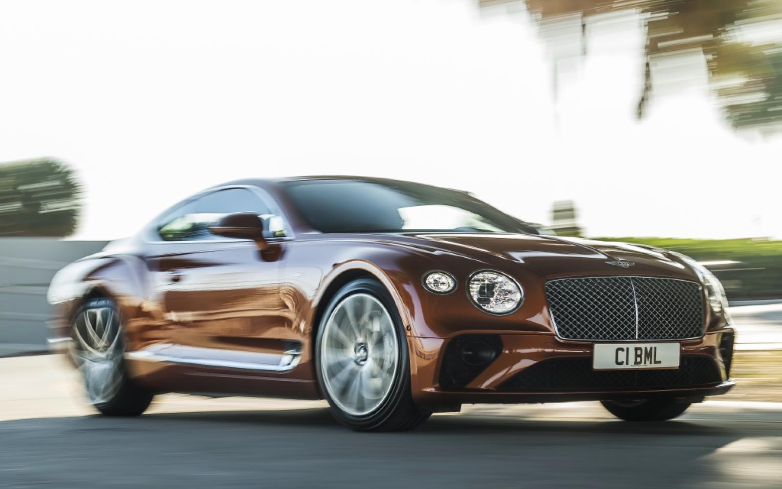 Bentley Continental GT V8 doet nauwelijks onder voor W12