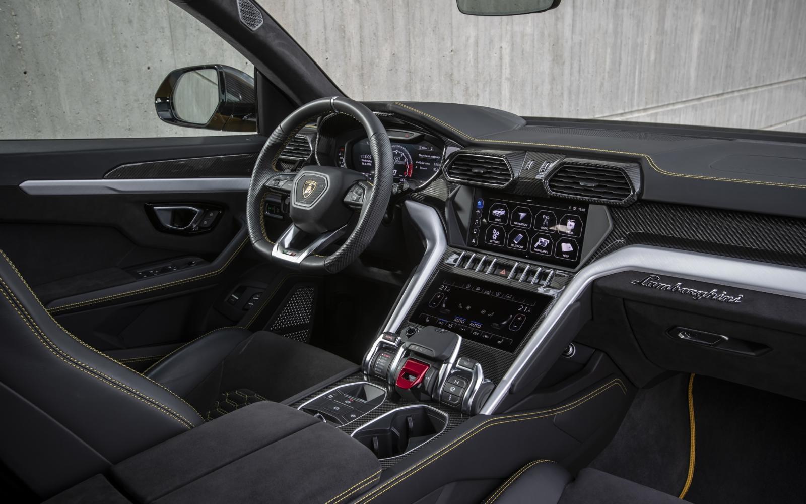 De Lamborghini Urus is een vraatzuchtige alleseter
