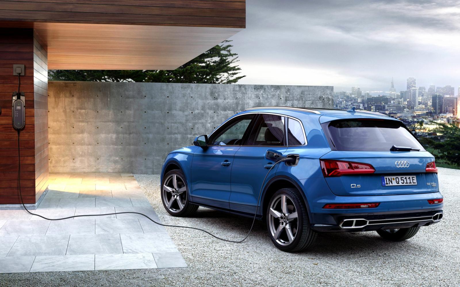 Audi Q5 krijgt stekker en heet voluit  'Audi Q5 55 TFSI e quattro'