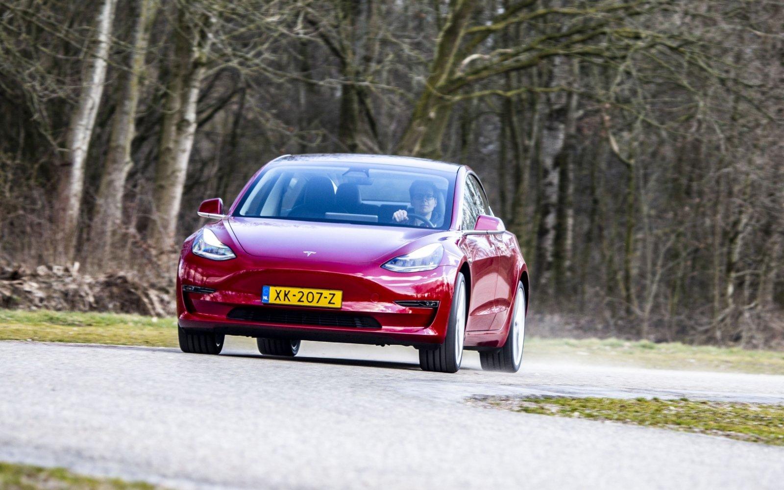 Zoveel capaciteit verliest de accu van de Tesla Model 3 na ...