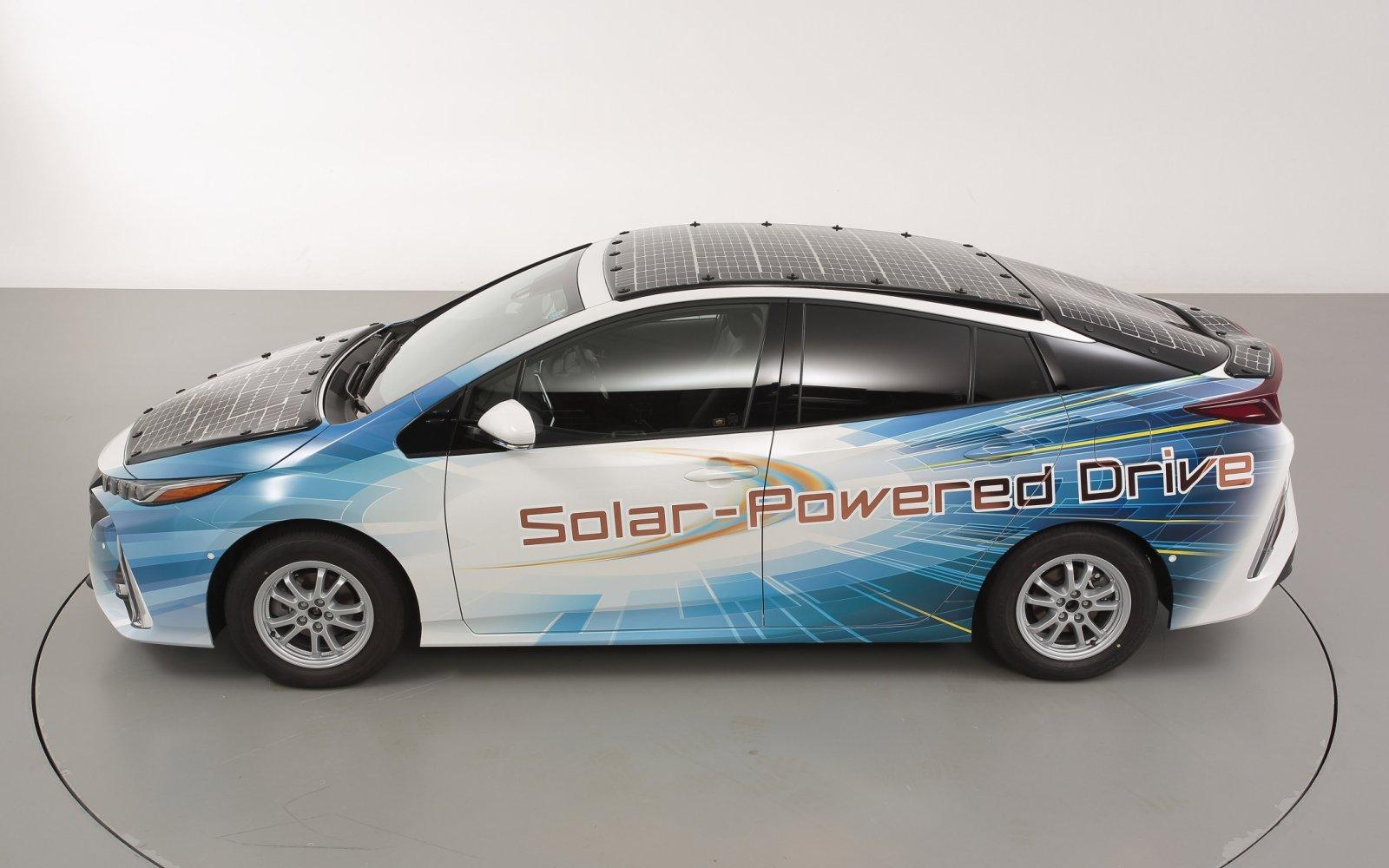 Toyota Prius met zonnepanelen: tot 56,3 kilometer per dag