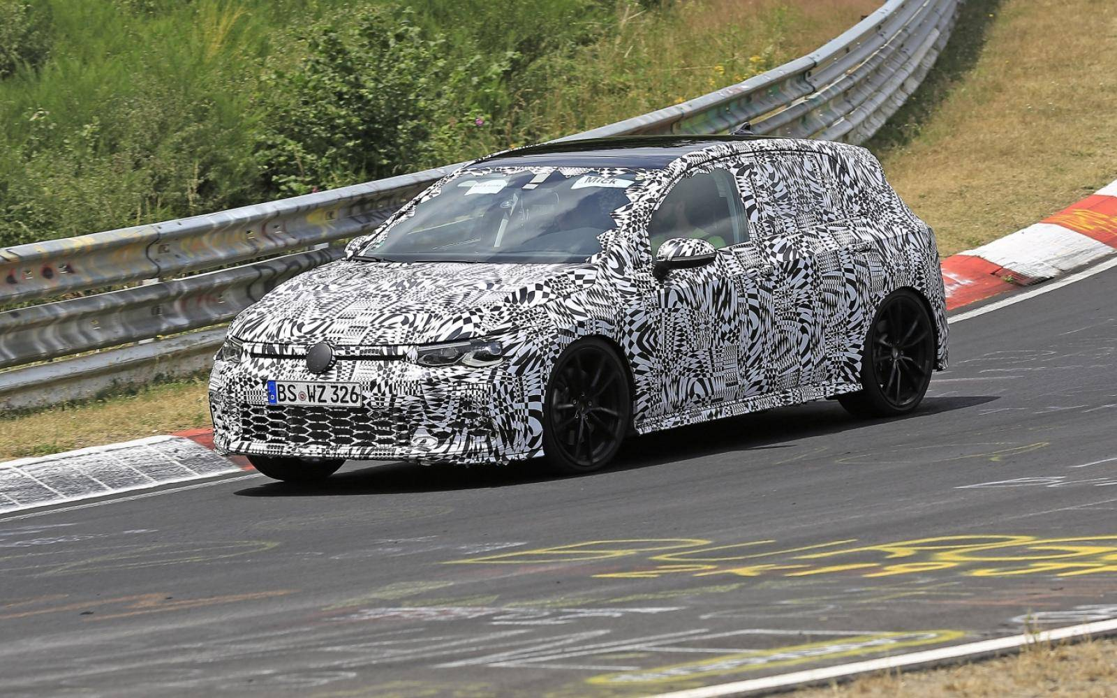 Volkswagen Golf 8 GTI (2020)