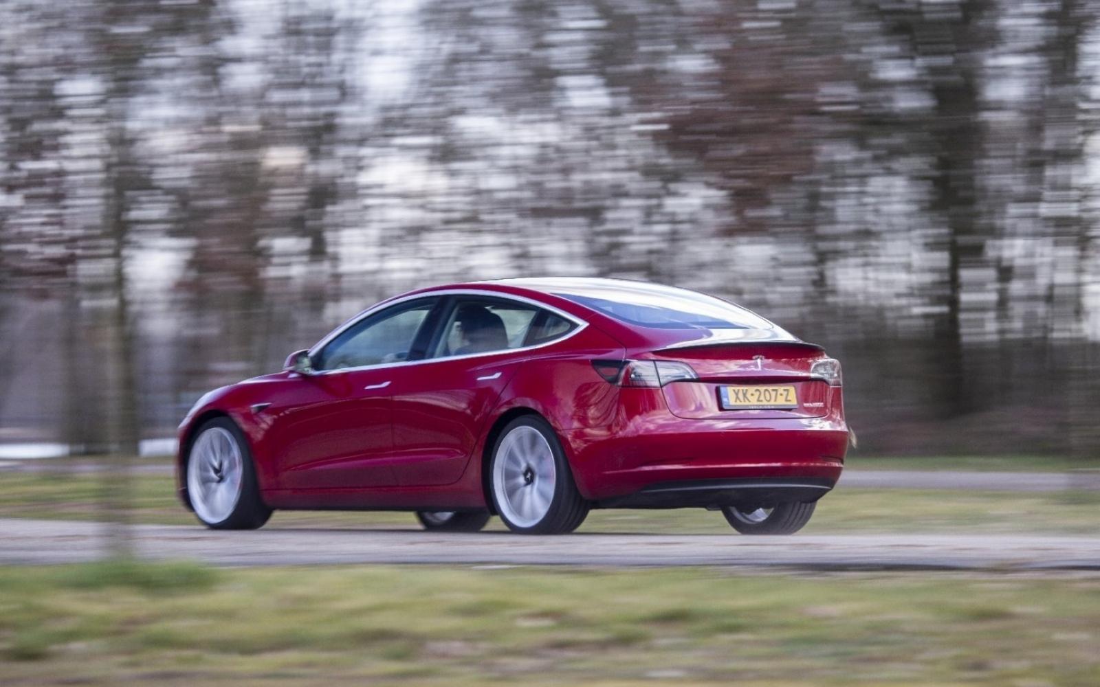 Tesla verliest grote Model 3-order door kwaliteitsproblemen