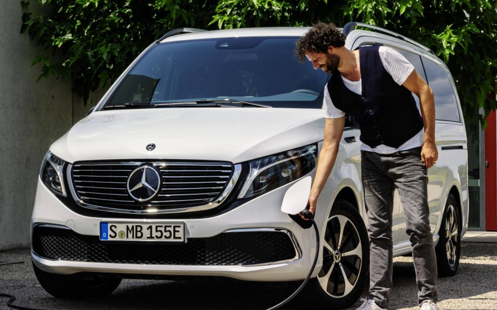 Is de Mercedes EQV de eerste elektrische premium-suv ter wereld?