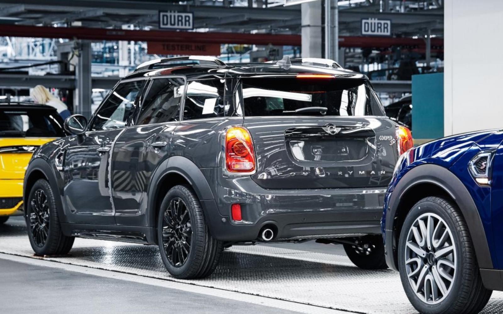 Klap voor VDL Nedcar! BMW stopt Nederlandse productie