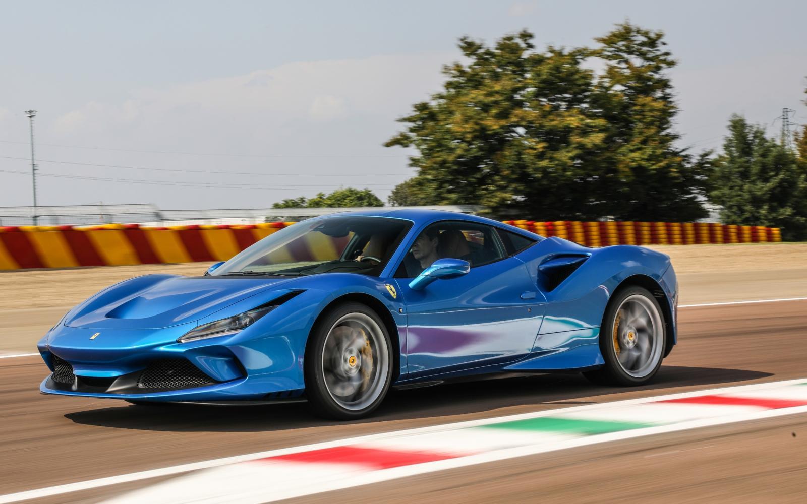 Prijslijst Ferrari F8 Tributo begint boven de drie ton