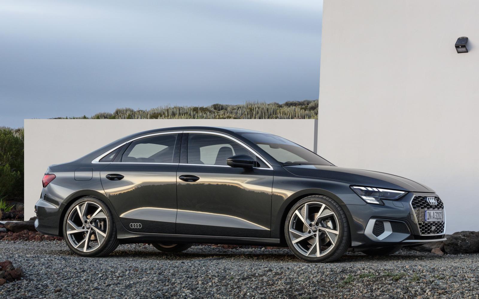 Nu ook de Audi A3 Limousine in het nieuw gestoken ...