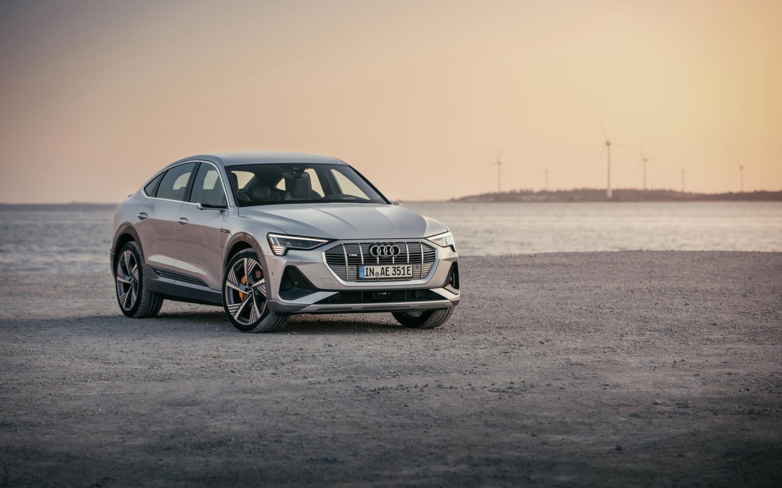 Digitale koplampen Audi e-tron Sportback kunnen zwart-witfilms projecteren