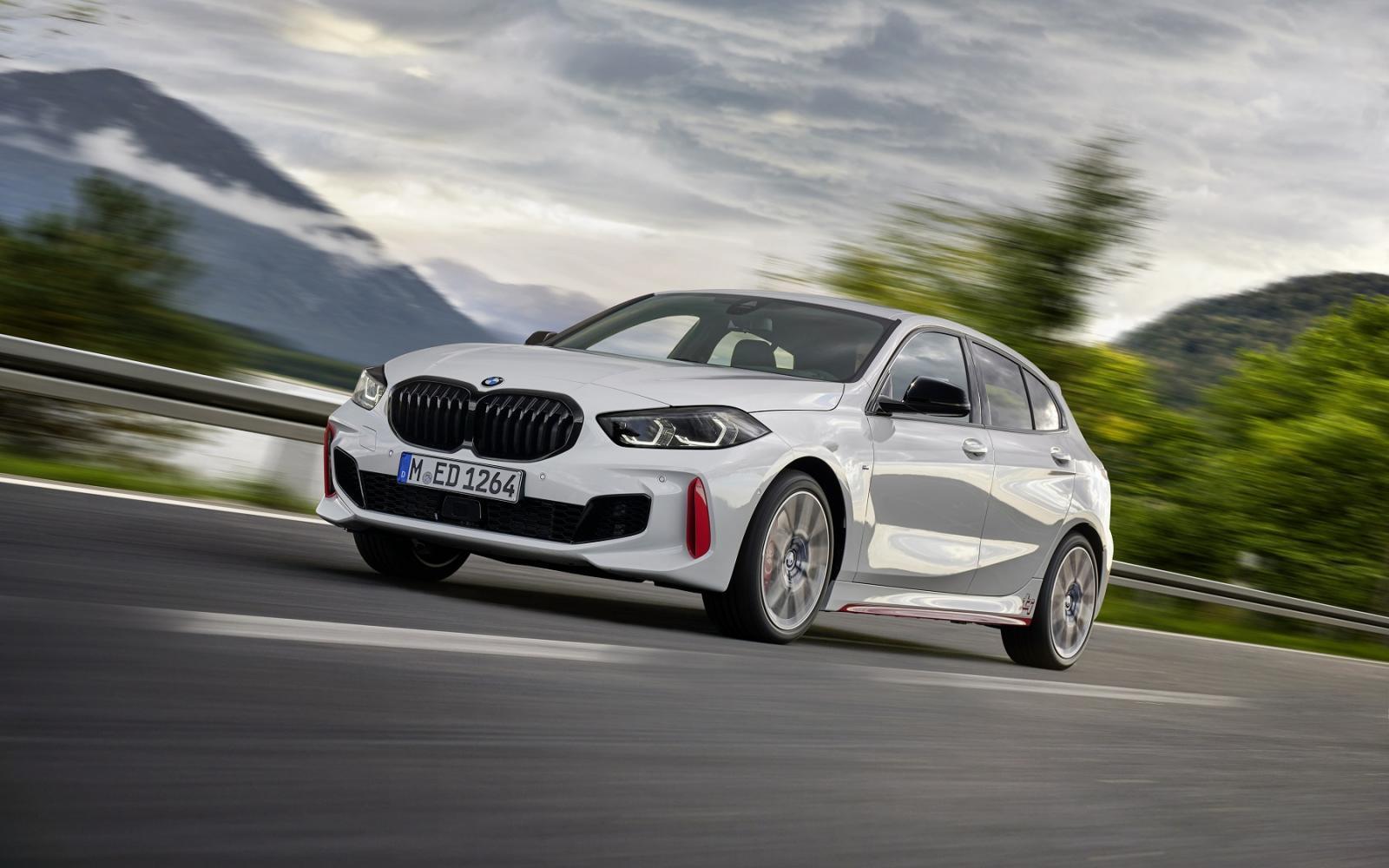 Test - De BMW 128ti zaagt aan de poten van de Ford Focus ST