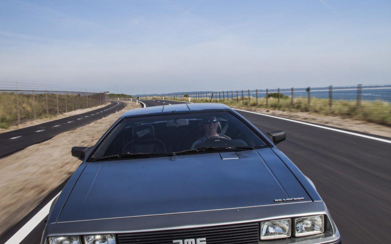 Waarom de DeLorean DMC-12 een glorieuze mislukking is