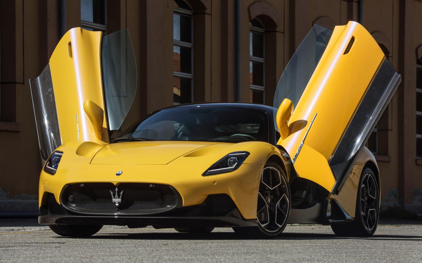 Test Maserati MC20: eindelijk weer een auto waar Porsche bang voor is