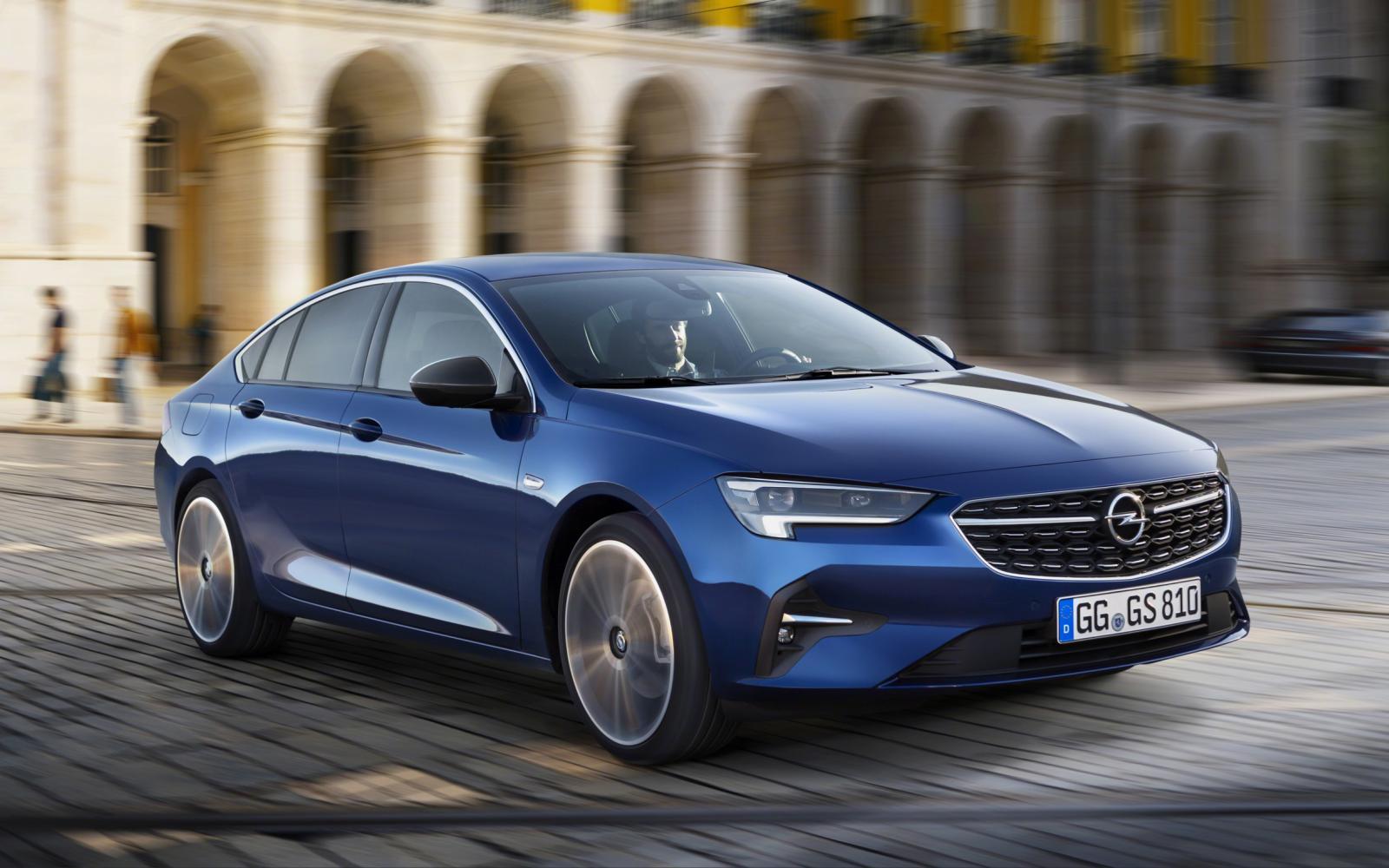 Bescheiden facelift voor de Opel Insignia is bescheiden