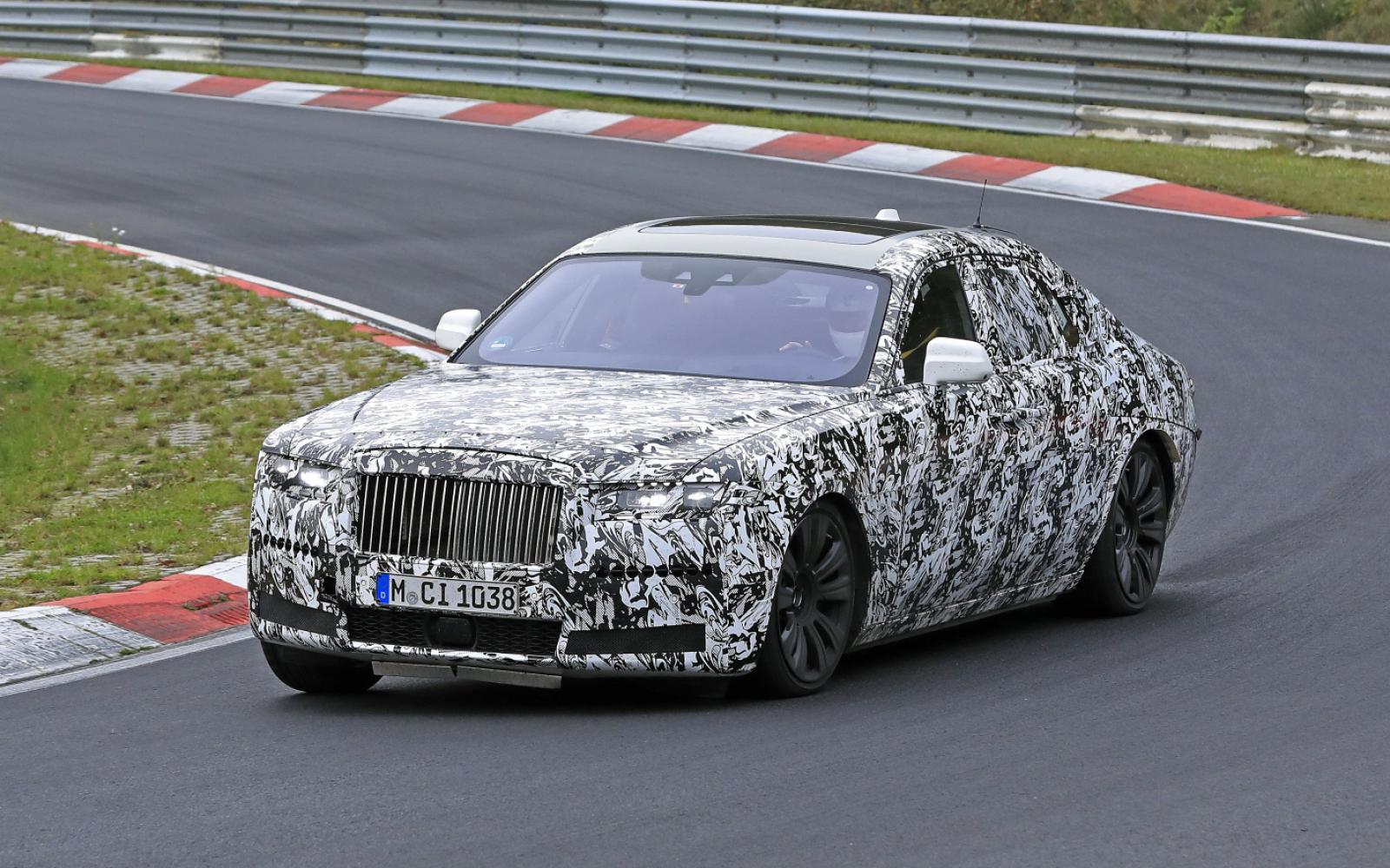 Geestverschijning: de nieuwe Rolls-Royce Ghost laat zich zien op de Nordschleife