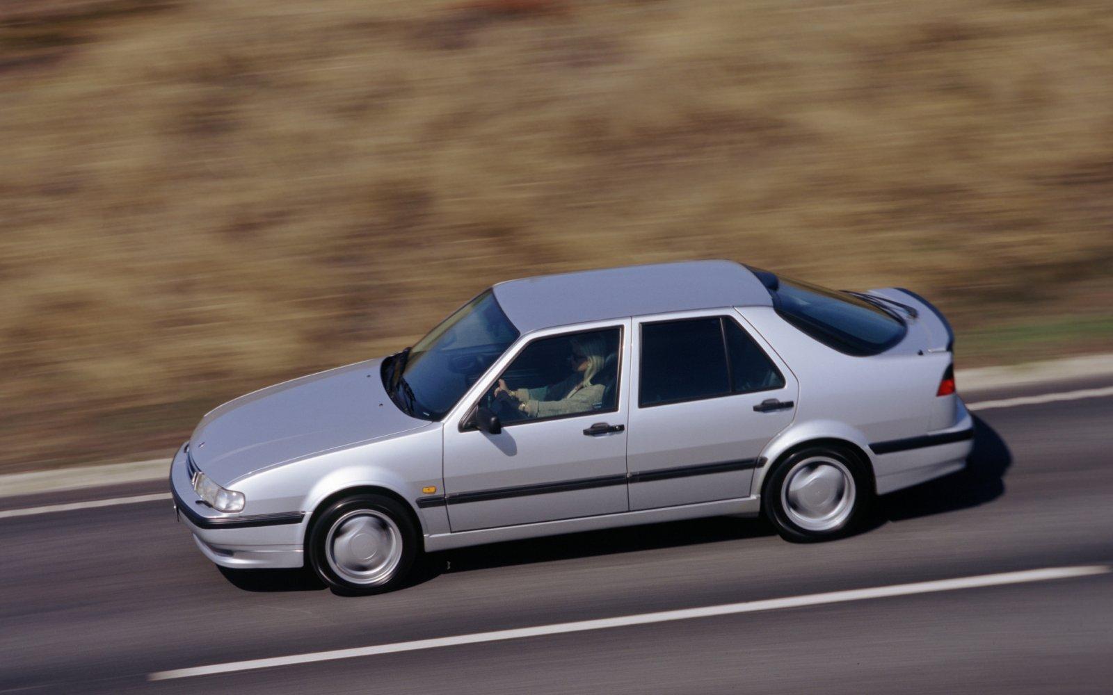 Deze auto's koopt Gert als hij de Oudejaarsloterij wint