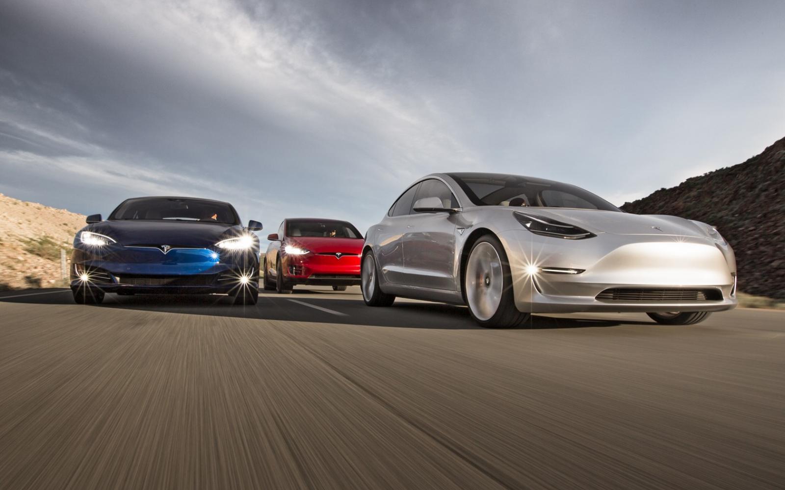 Verkoop elektrische auto's door het dak