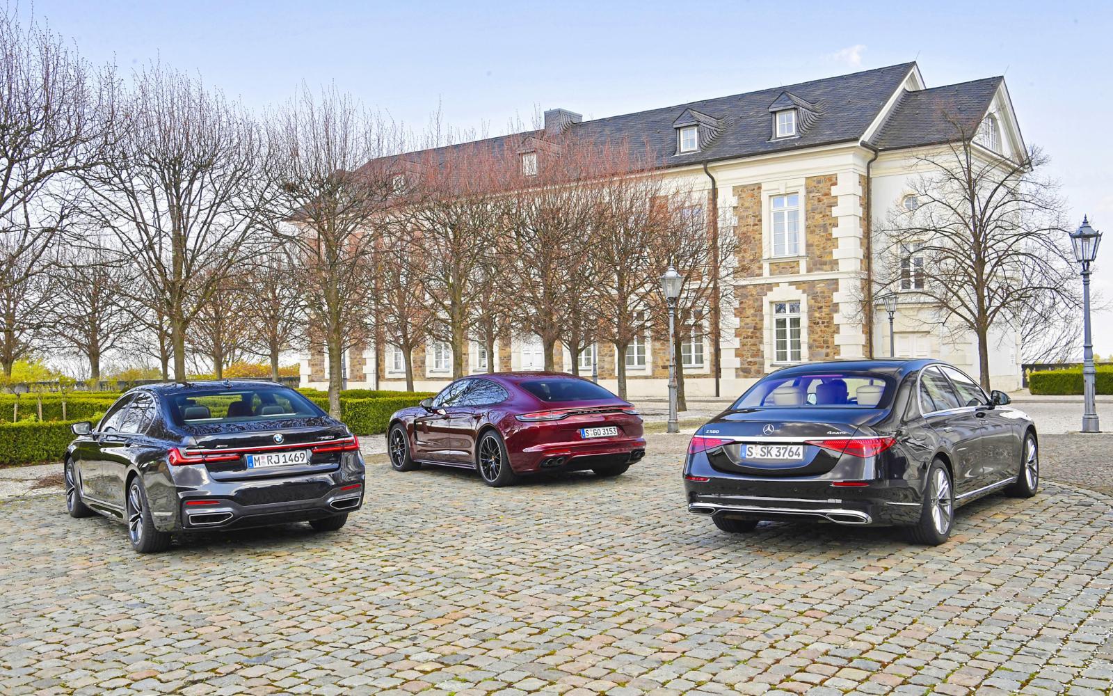 Teste: 3 negativos do novo Mercedes S-class em comparação com o 7-series e o Panamera