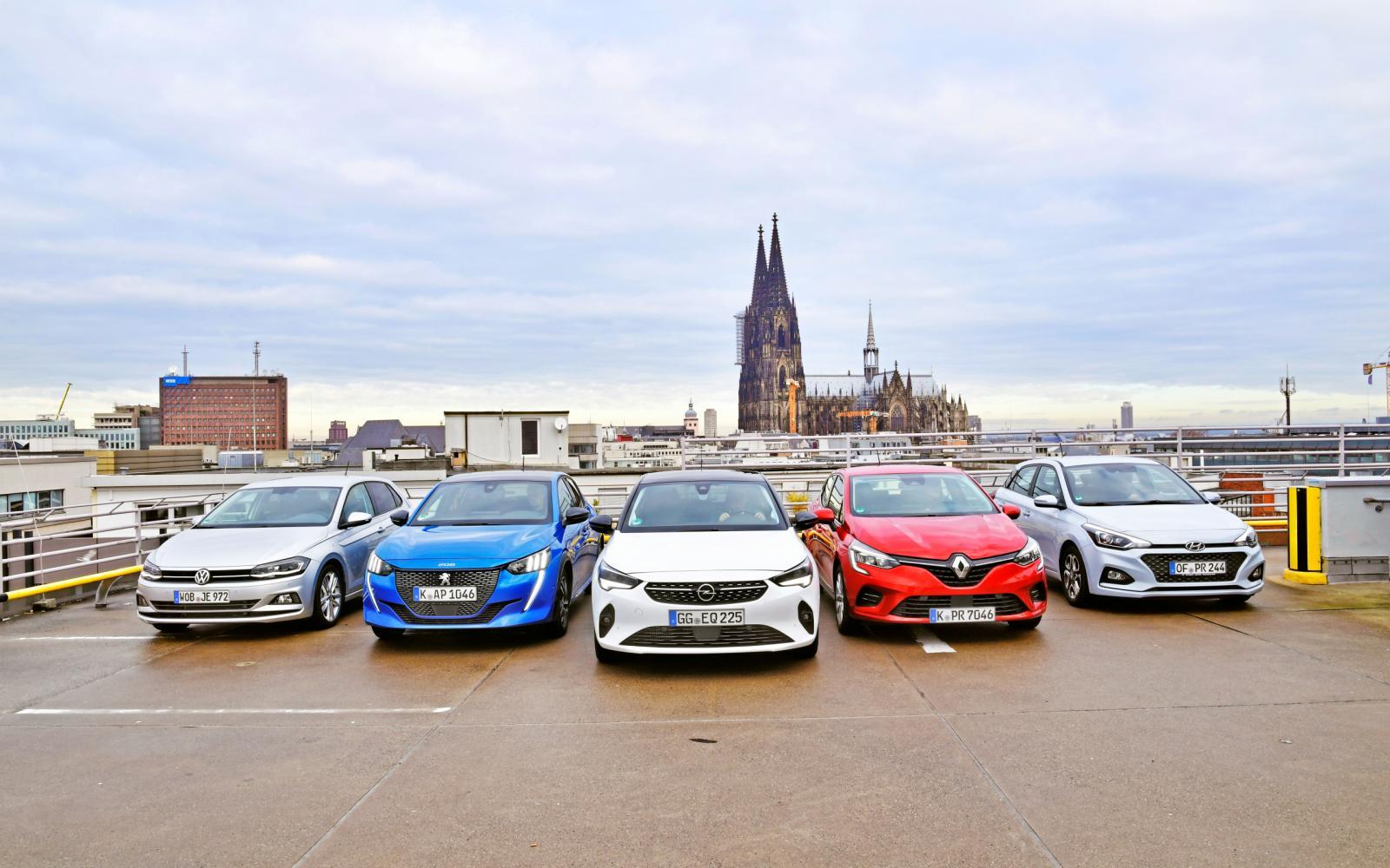 Peugeot 208 of Opel Corsa: welke zit het lekkerst? Of toch een concurrent?