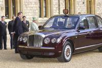 Bentley eert jubileum Queen Elizabeth met limited edition