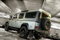 Offroad in stijl: Land Rover Defender 110 by Piet Boon