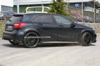 Supertoll! Een Mercedes A 45 AMG Black Series