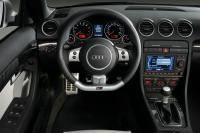 Zomers speelgoed: Audi RS4 Cabriolet