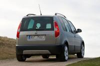 Skoda Roomster Scout: € 20.625,-