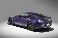 Aston Martin Q speelt kwartet op Pebble Beach